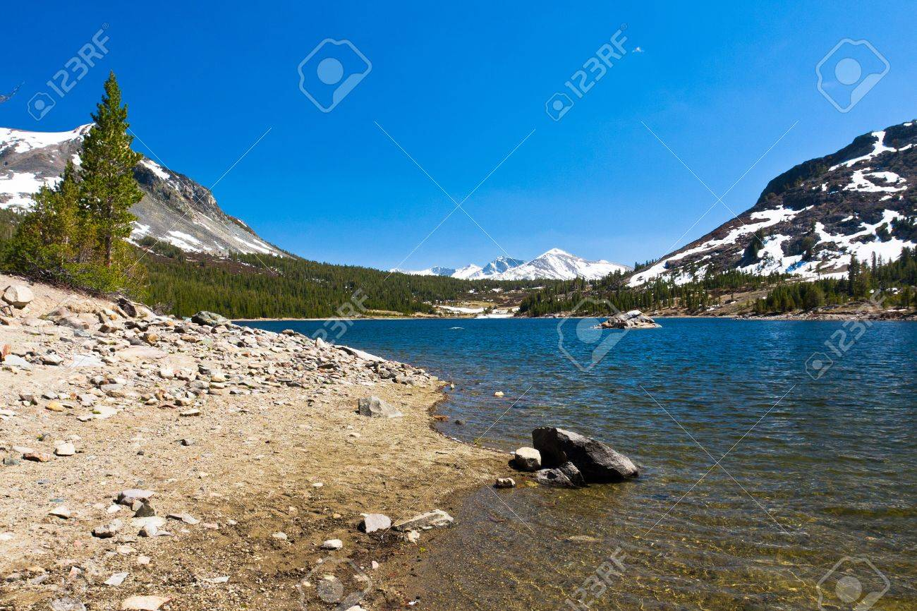 Snow-capped Mountains and Lake in Yosemite National Park,California - 20138928