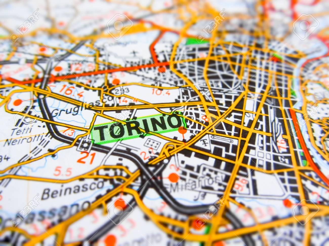 Cartina Italia Torino.Immagini Stock Torino Citta Su Una Cartina Stradale Italia Image 67779006