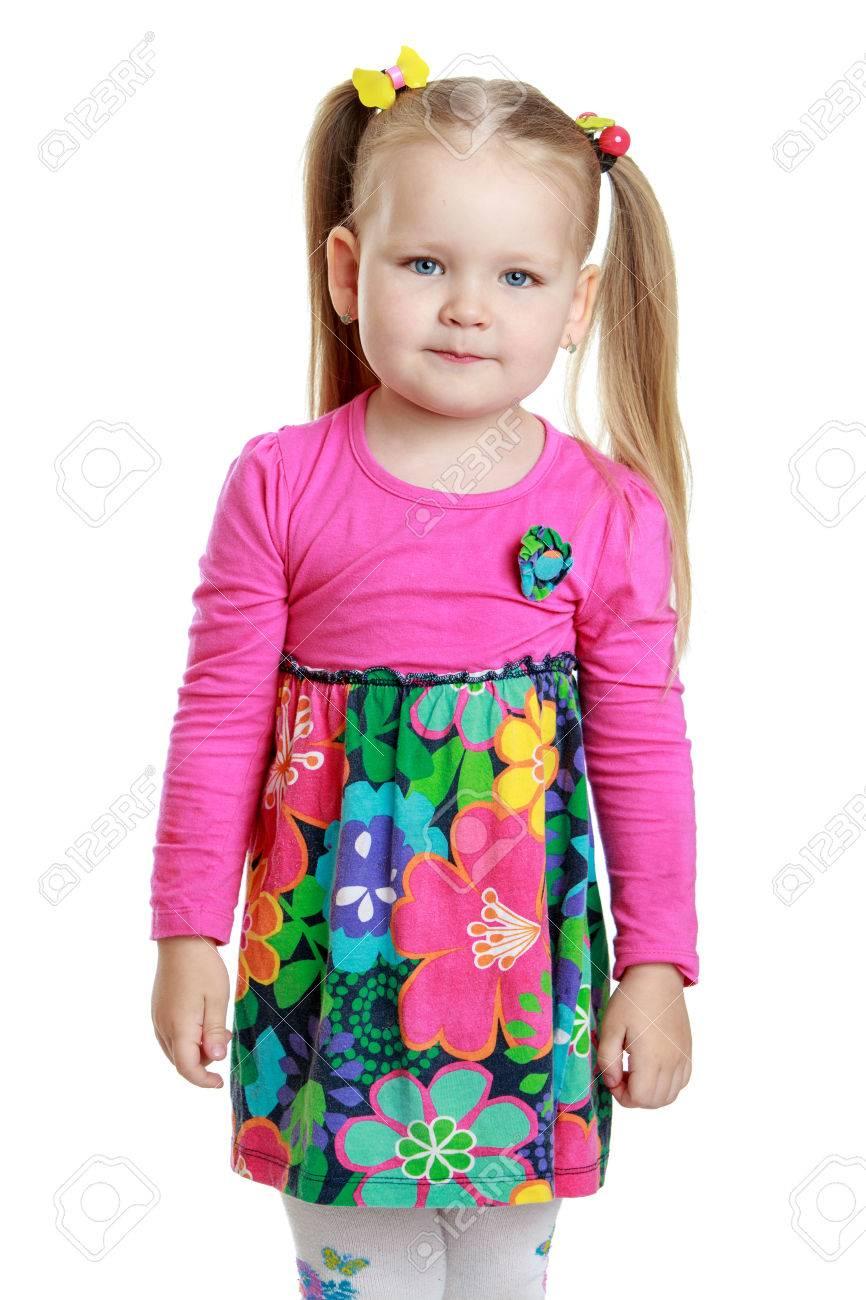 35c6e20589 Foto de archivo - Retrato de una niña rubia con trenzas divertidas en la  cabeza