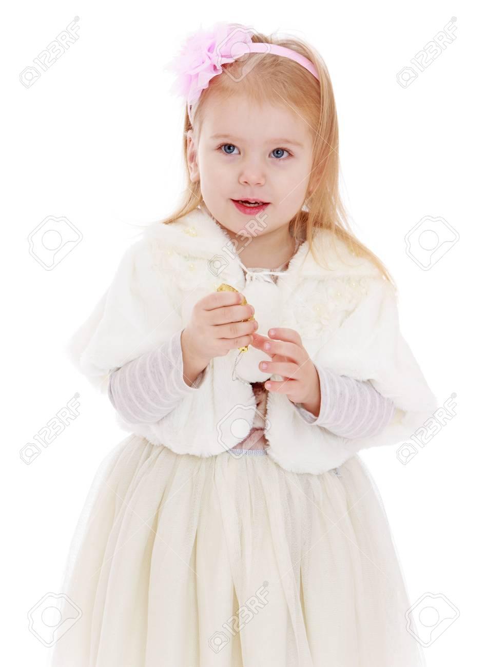 Schöne Kleine Blonde Mädchen Mit Bogen Stirnband Auf Dem Kopf In ...