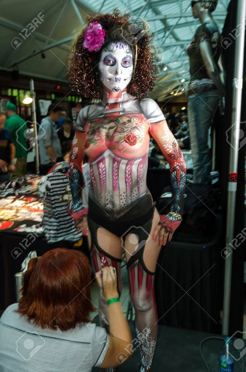Body Painting Show >> Body Painting Contest At 2012 Montreal Tatoo Show Winner