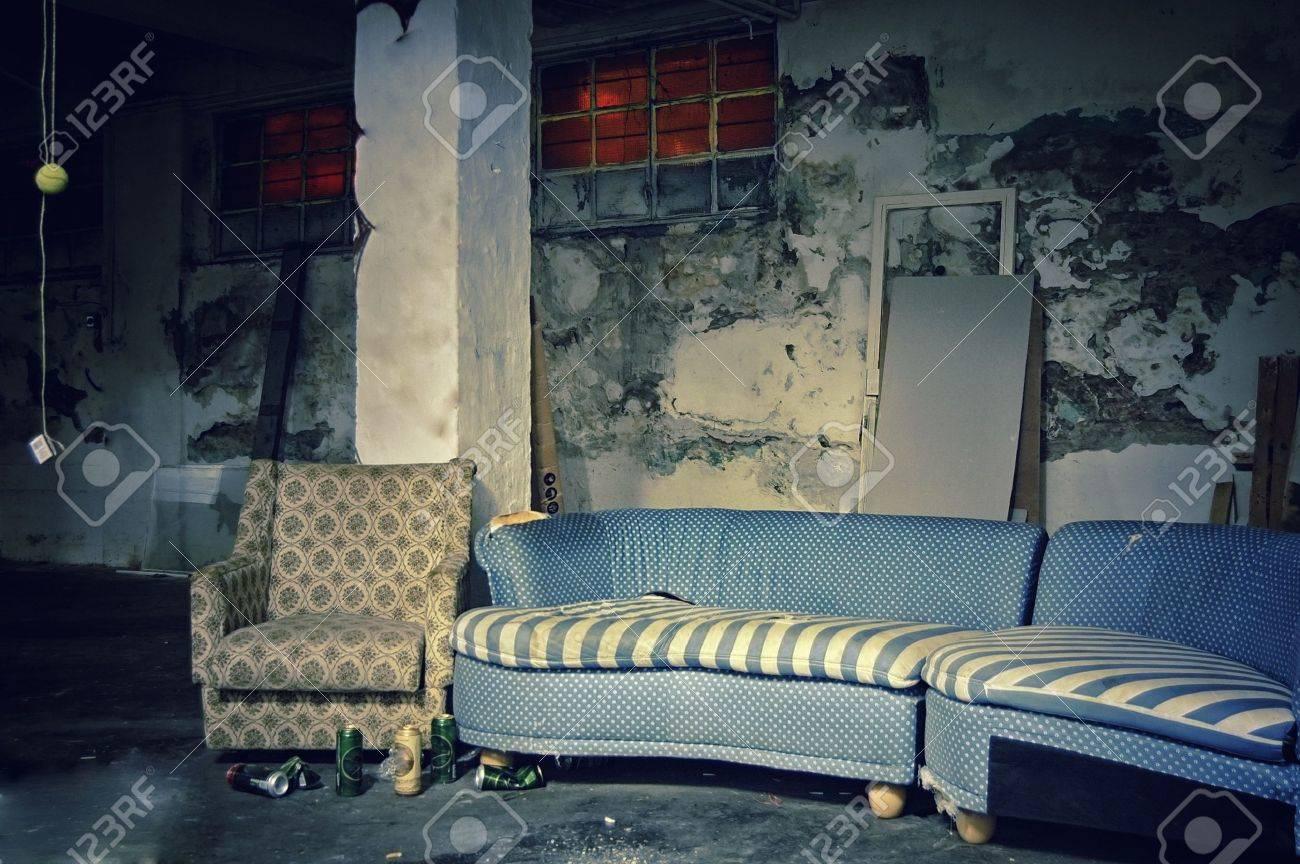 Dark Grunge Room. Digital background for studio photographers. Stock Photo - 17962707