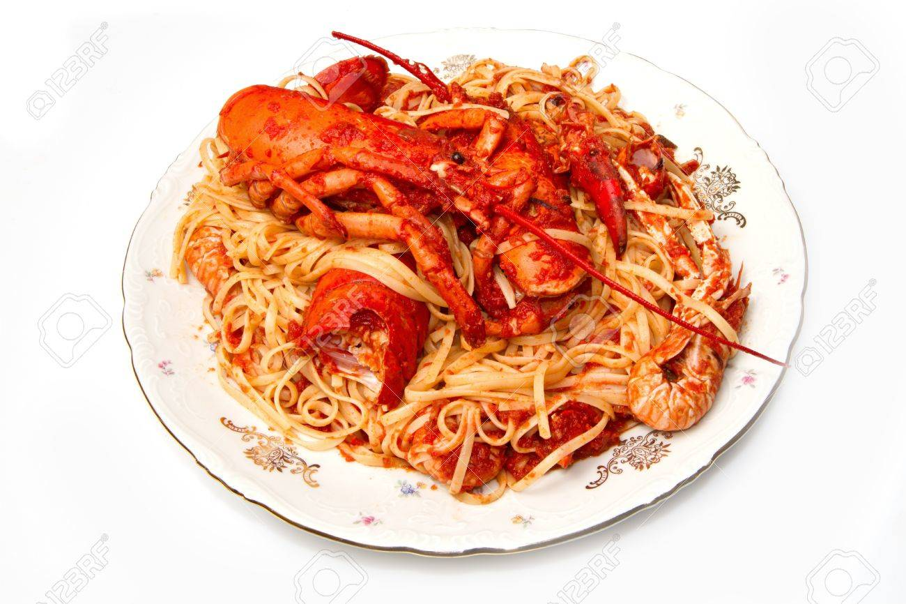 lobster spaghetti with tomato sauce Stock Photo - 8971560
