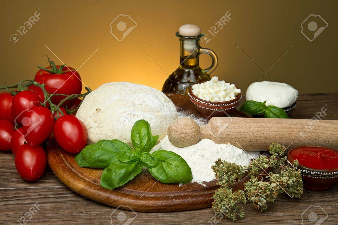 ingredients for homemade pizza Stock Photo - 9656573