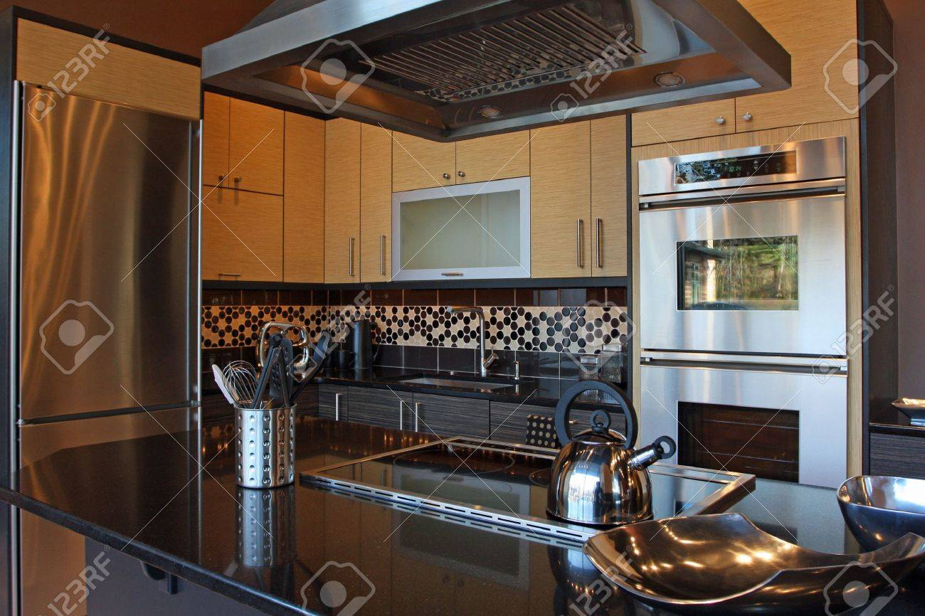 Upscale Kitchen Appliances Modern Luxury Kitchen With Stainless And Granite Stock Photo