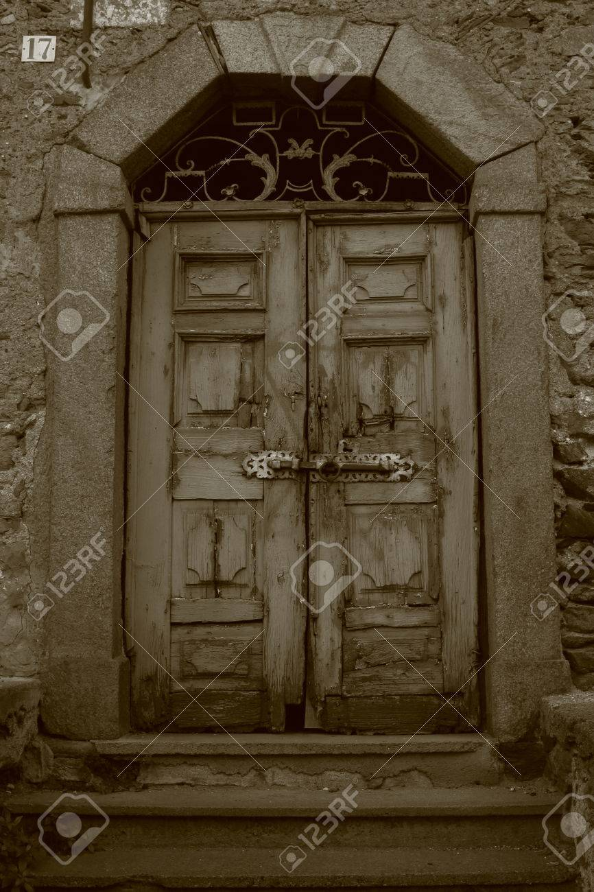 old sinister and spooky door with 17 number Stock Photo - 34365886 & Old Sinister And Spooky Door With 17 Number Stock Photo Picture ...