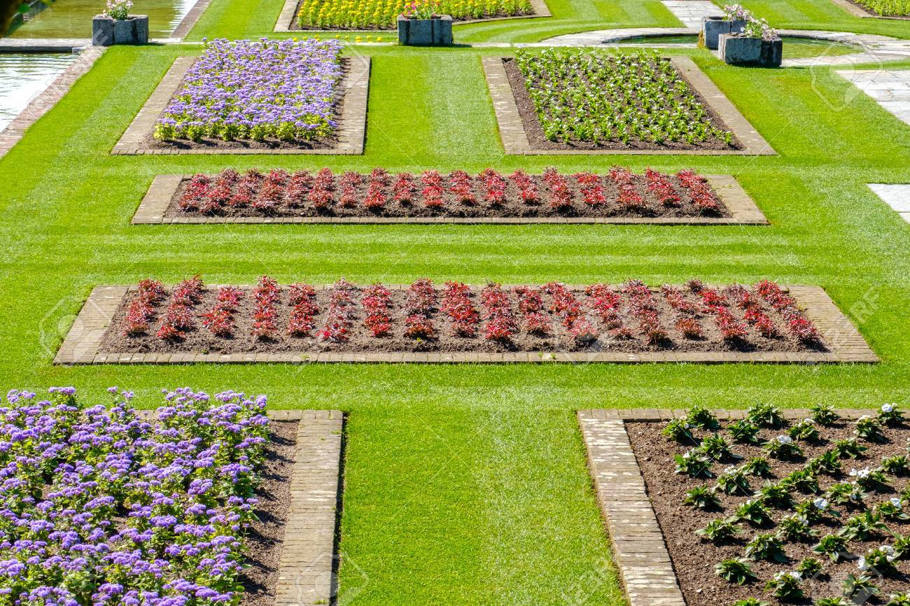 Italian Gardens Ideas Flowerbeds Above View Stock Photo, Picture And ...
