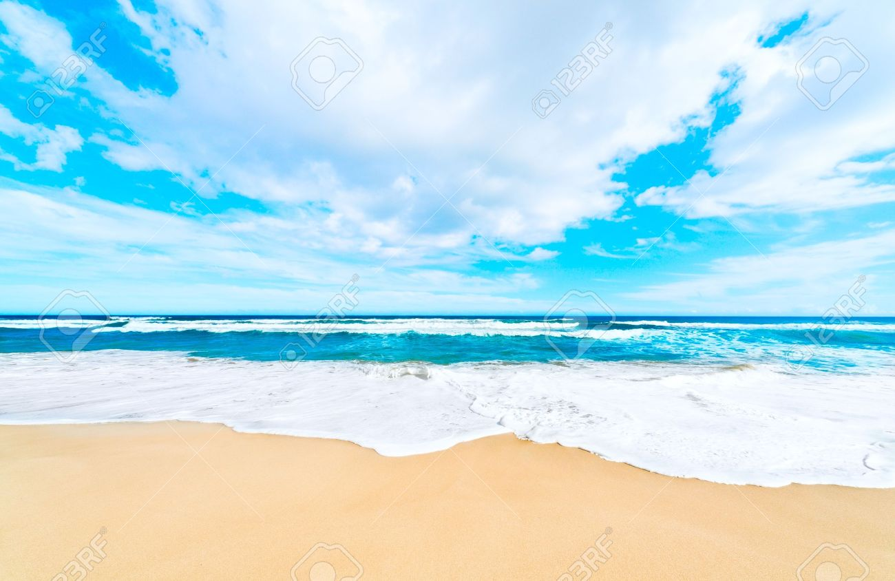 Holiday Sea sand beach background Stock Photo - 8973215