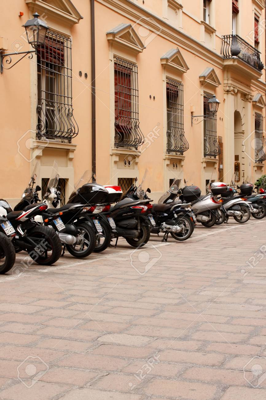 Bologna 04.10.2010 - Motorbikes in a row on streets of Bologna Stock Photo - 7482614