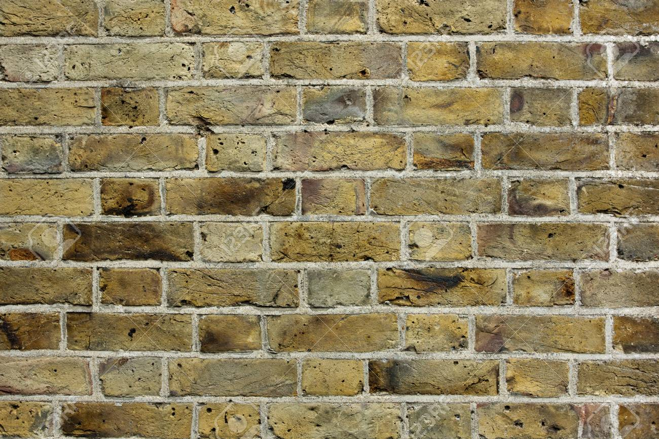 Old brick wall textured background Stock Photo - 13973282