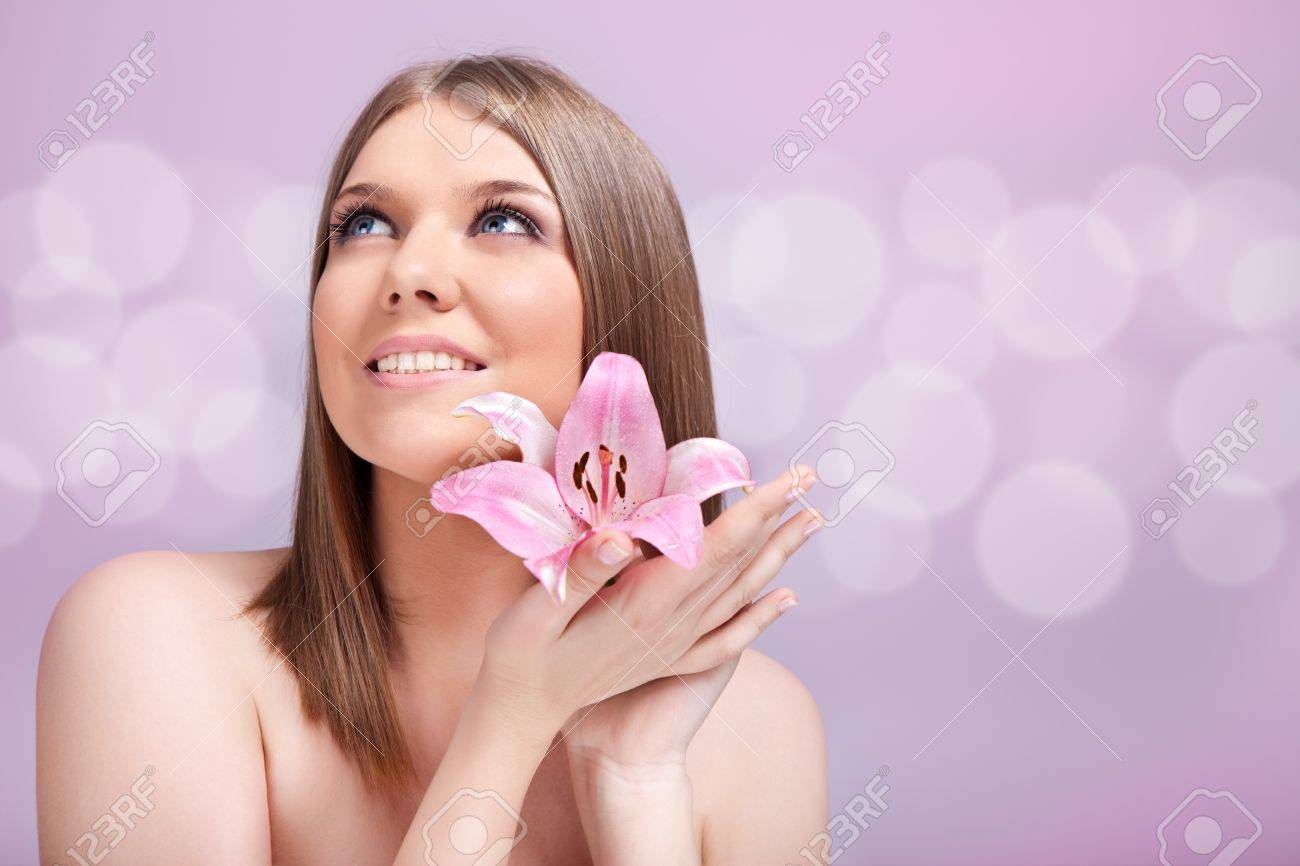beautiful girl face with perfect skin,  beauty concept Stock Photo - 10275115