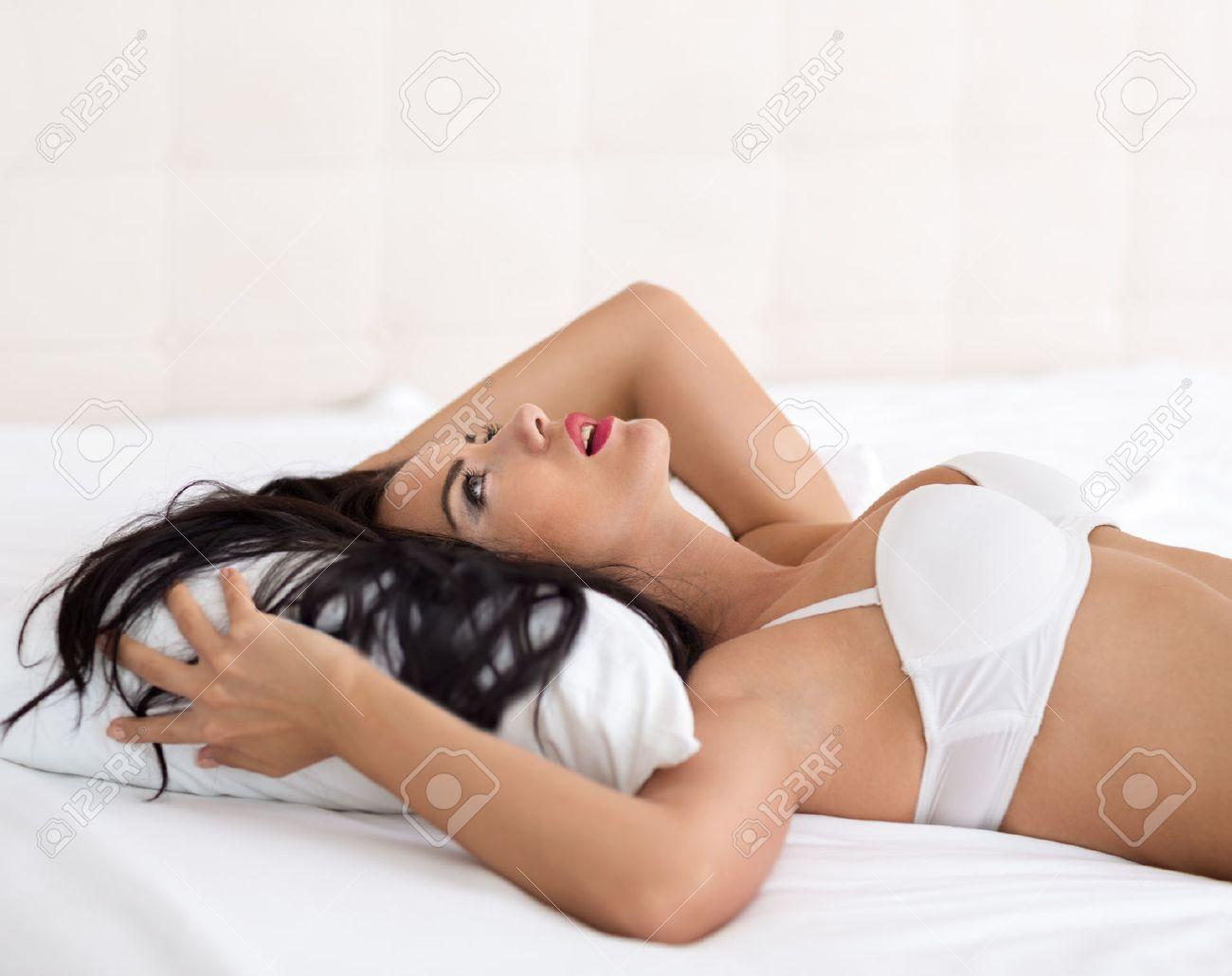 Orgasmus nackt Kostenloses beine