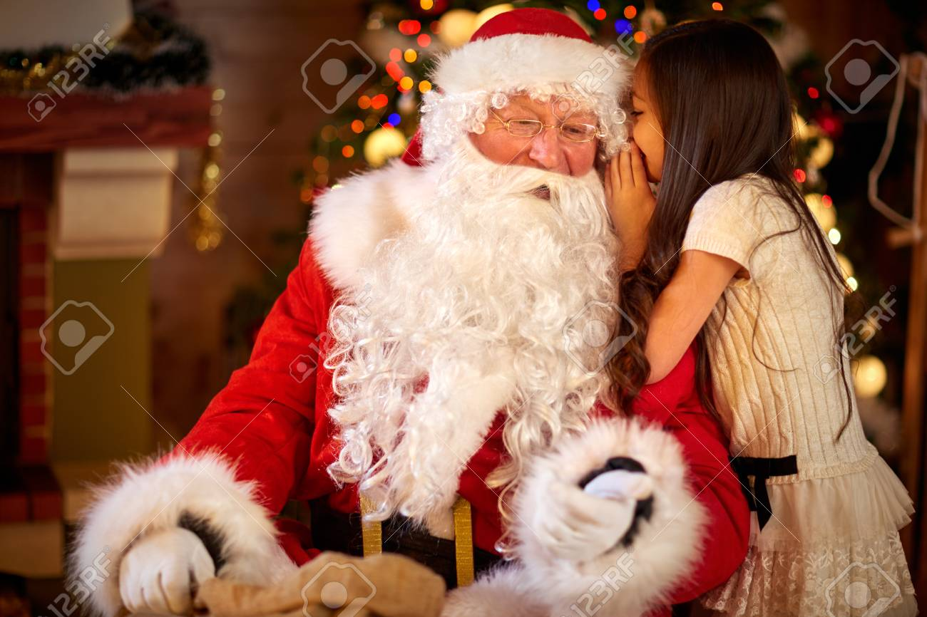 Weihnachtsmann Und Kleines Mädchen, Weihnachtsszene. Mädchen, Die ...