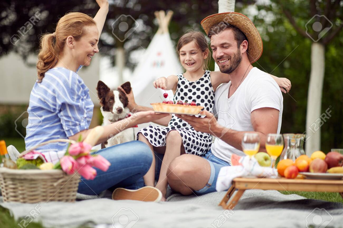 Celebration on a family picnic on a beautiful day - 152817851