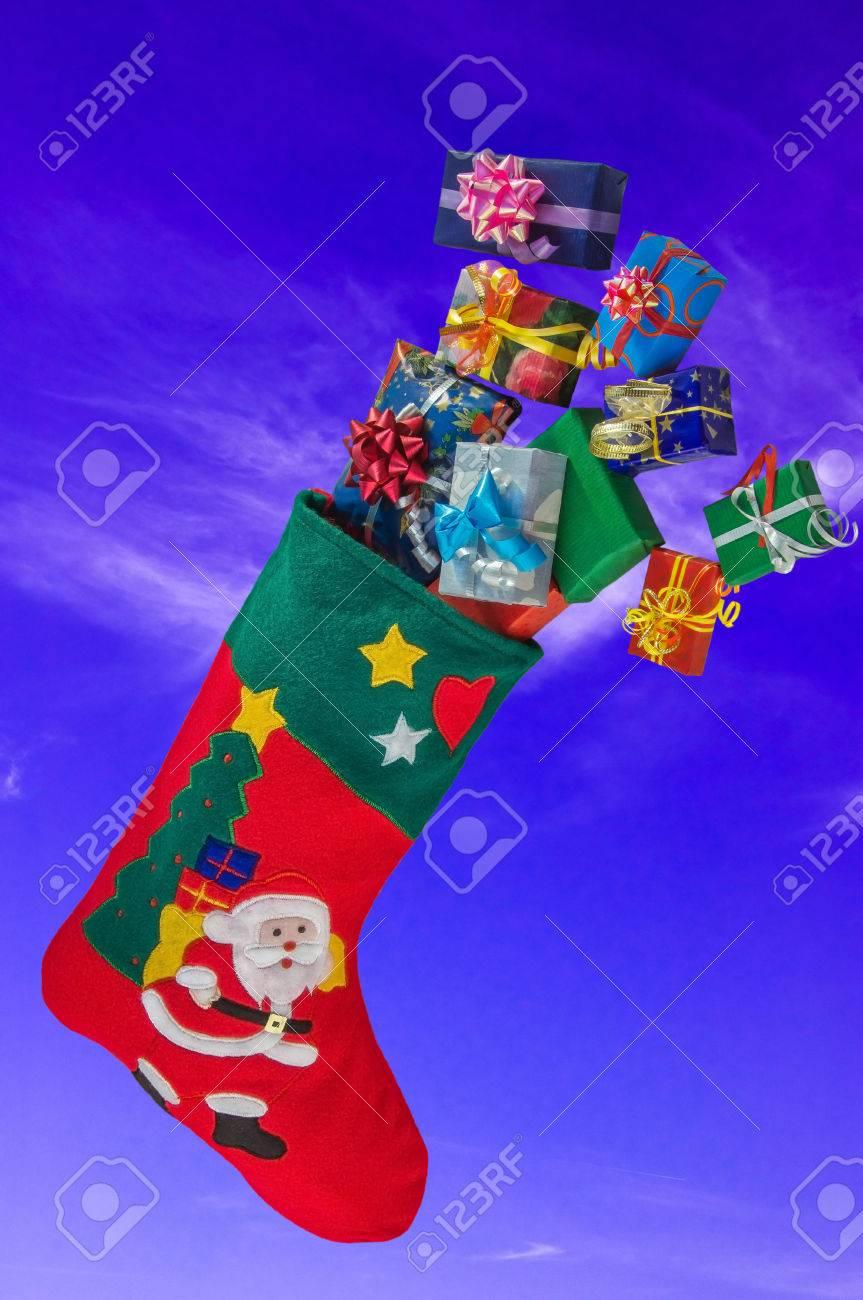 Media De La Navidad Con Apliques En Forma De Santa Claus, El árbol ...