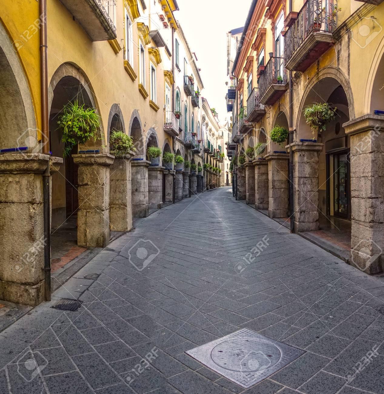 Fotografo Cava Dei Tirreni i portici scacciaventi città di cava de tirreni