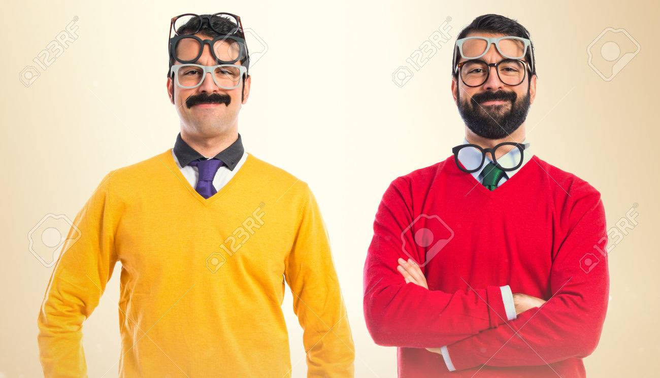 Twin brothers with glasses - 38989896