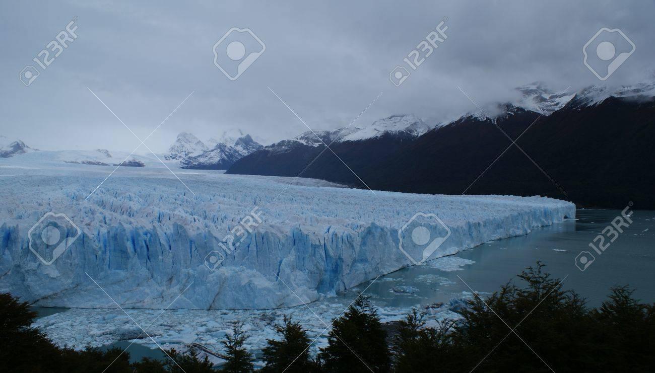 iceberg in Calafate Stock Photo - 17599493