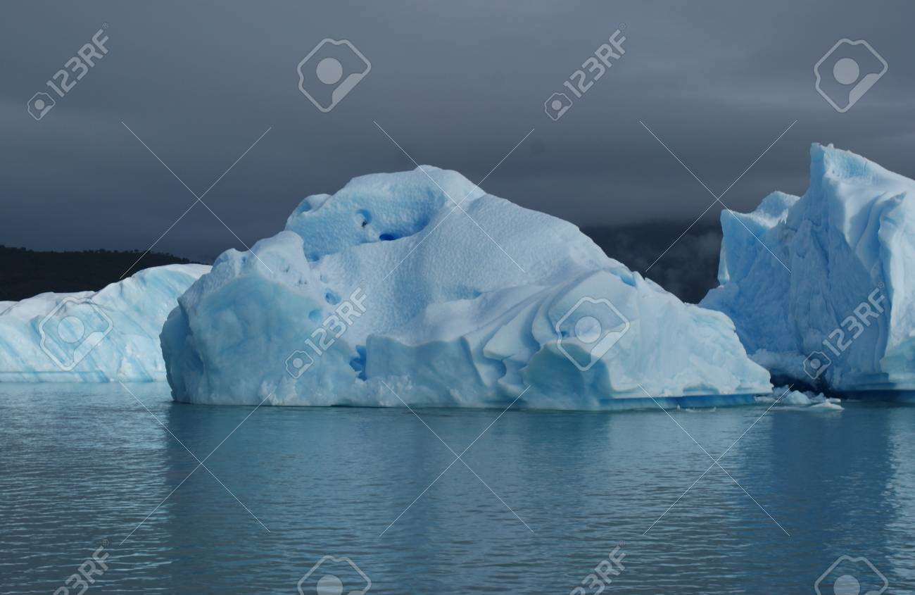 iceberg in Calafate Stock Photo - 17599546
