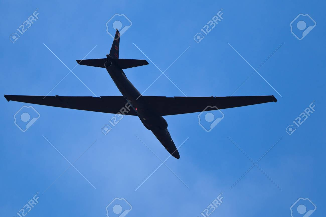 SANTA ROSA, CA - AUGUST 20: U-2S Dragon Lady Spyplane flyby 2011 Wings Over Wine Country Air Show on August 20, 2011 in Santa Rosa, CA. Stock Photo - 12272570
