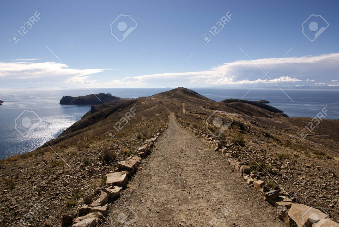 Isla del sol, Titicaca lake, Bolivia Stock Photo - 10961532