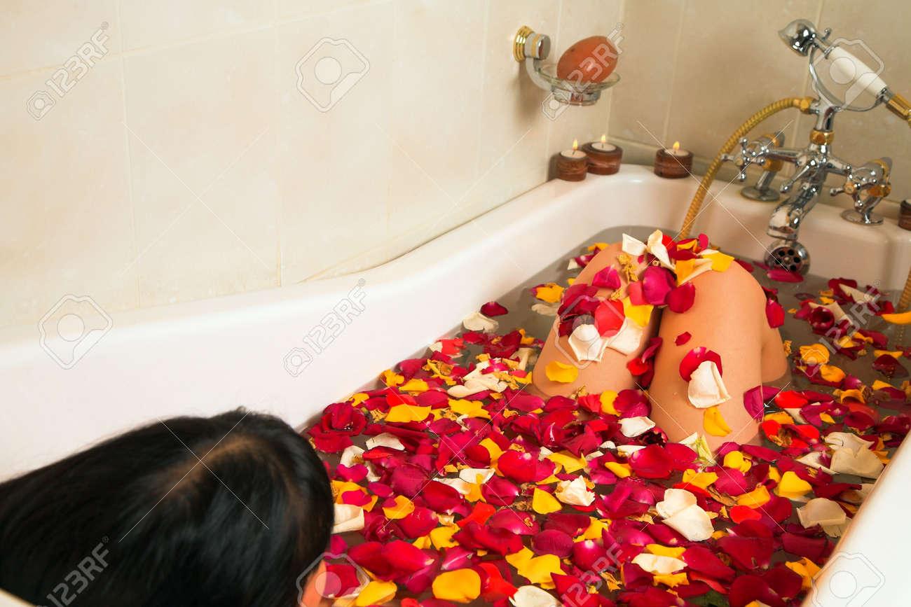 petalos de rosa para banera