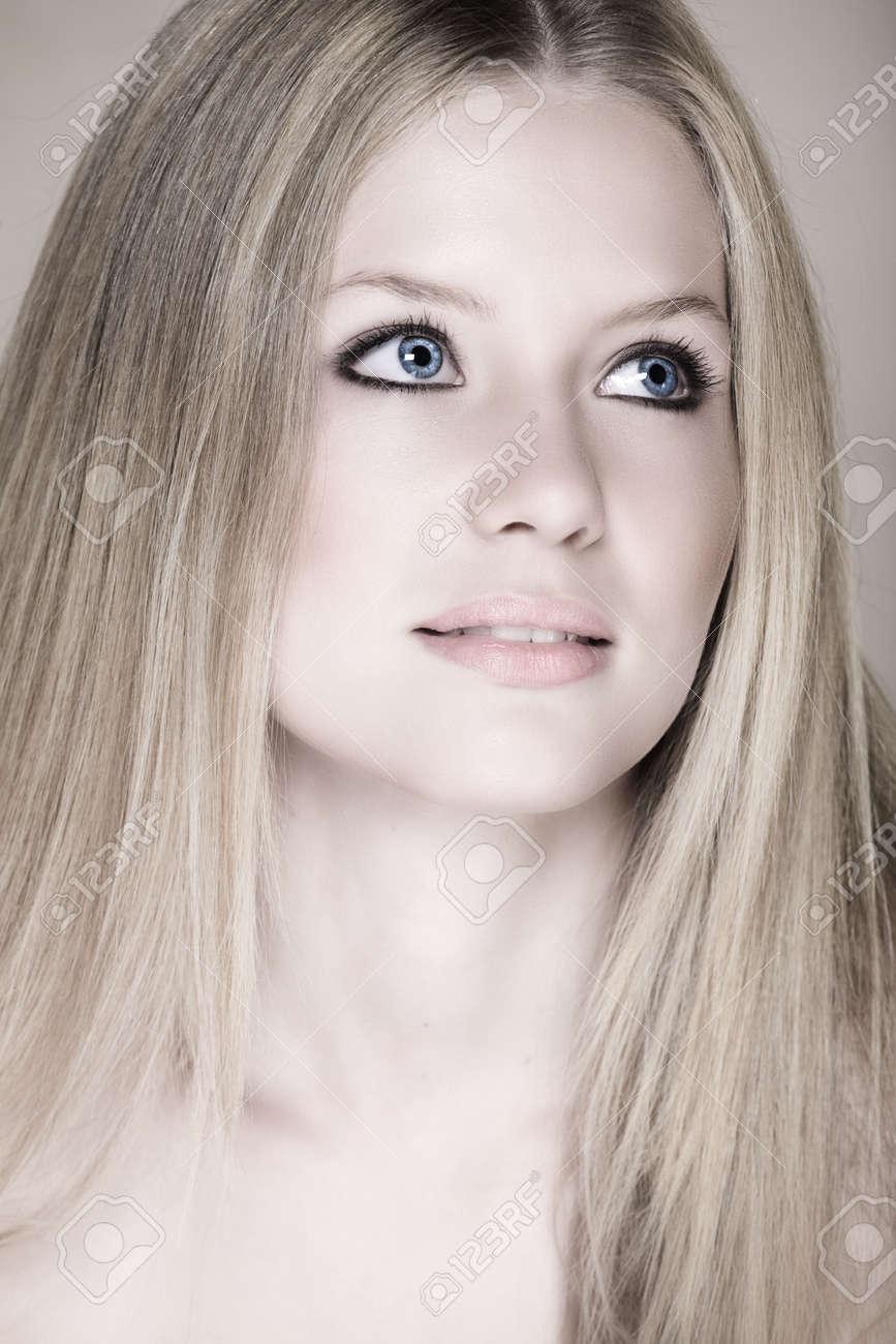 free-teenage-girl-make-up-resolution