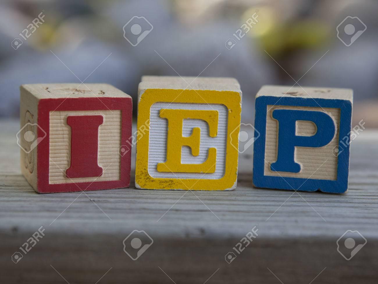 Plan De Educación Individualizada (IEP) Bloques De Madera Fotos ...