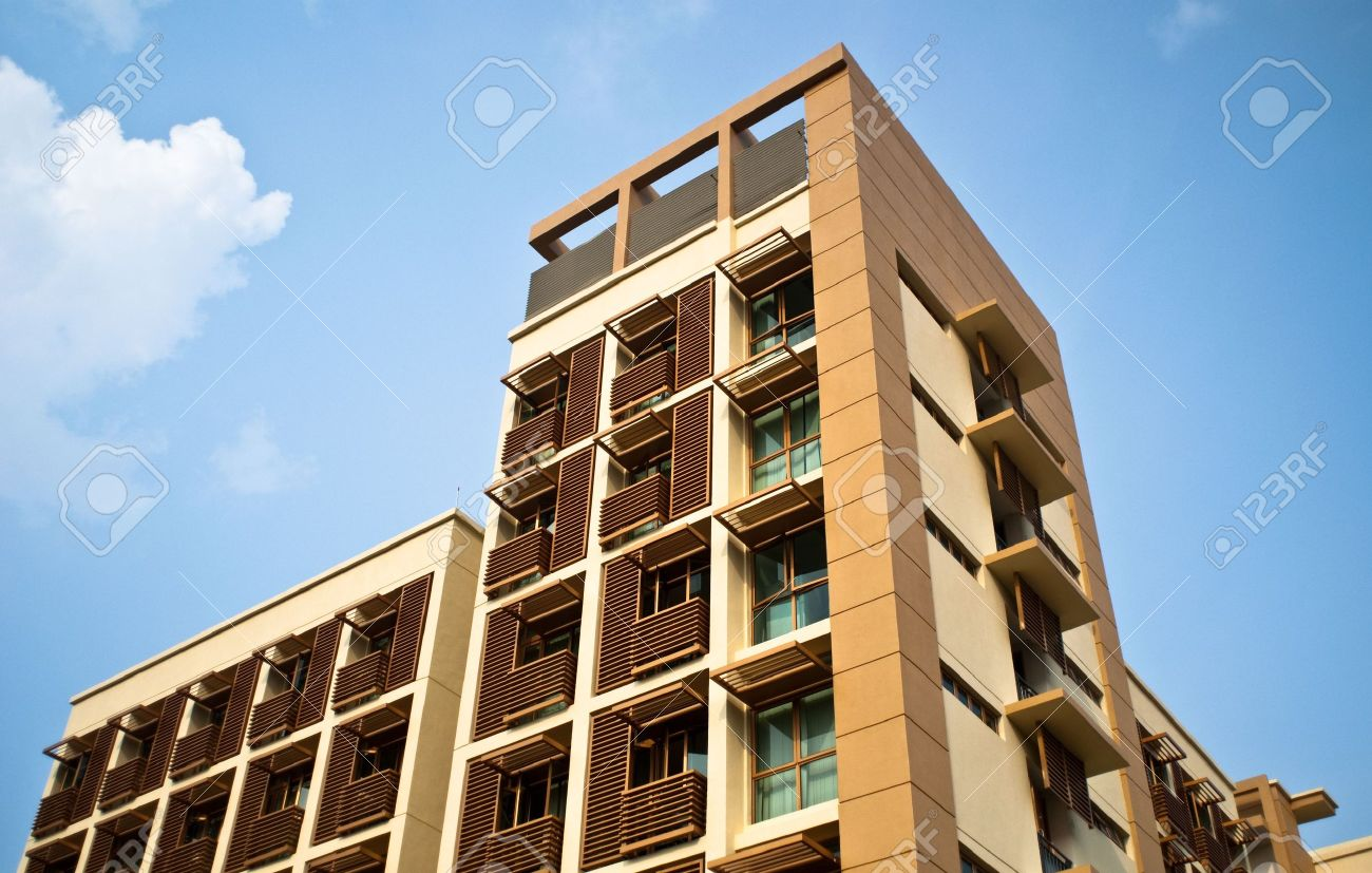 exterior view of modern city house building in Singapore Stock Photo - 5693547