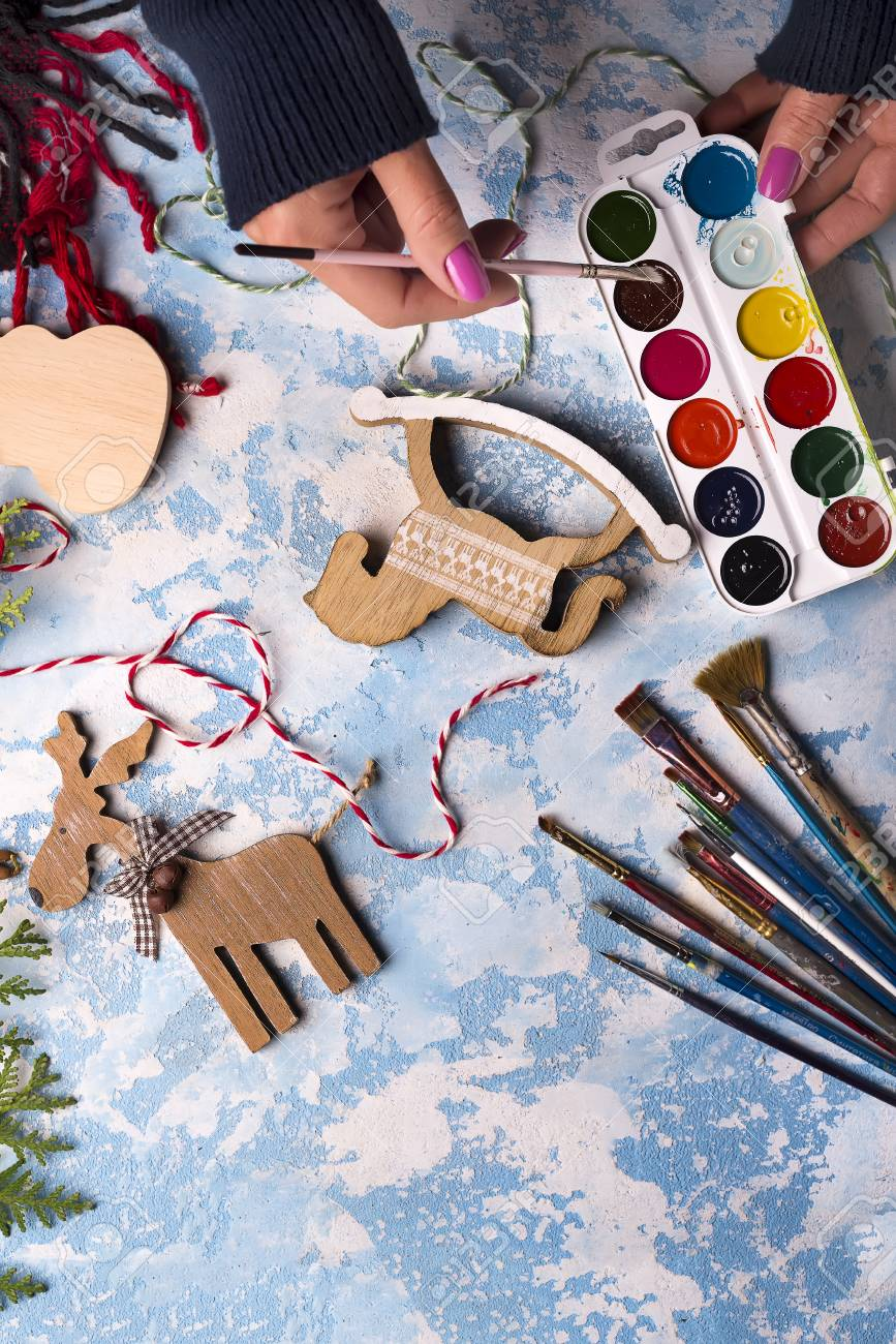 Making Toys For Christmas Decorations From Wooden Horse With