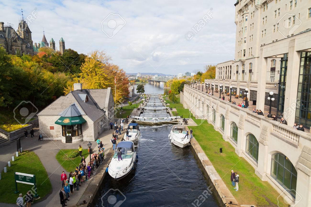 OTTAWA, CANADA - 12TH OCTOBER 2014: Ottawa Locks Along The Rideau ...