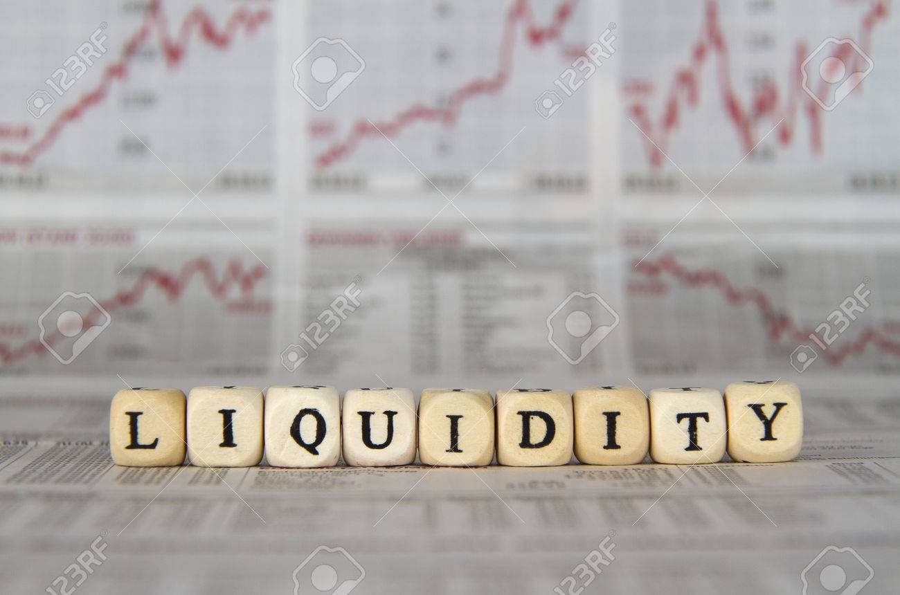 Liquidity word built with letter cubes - 40852935