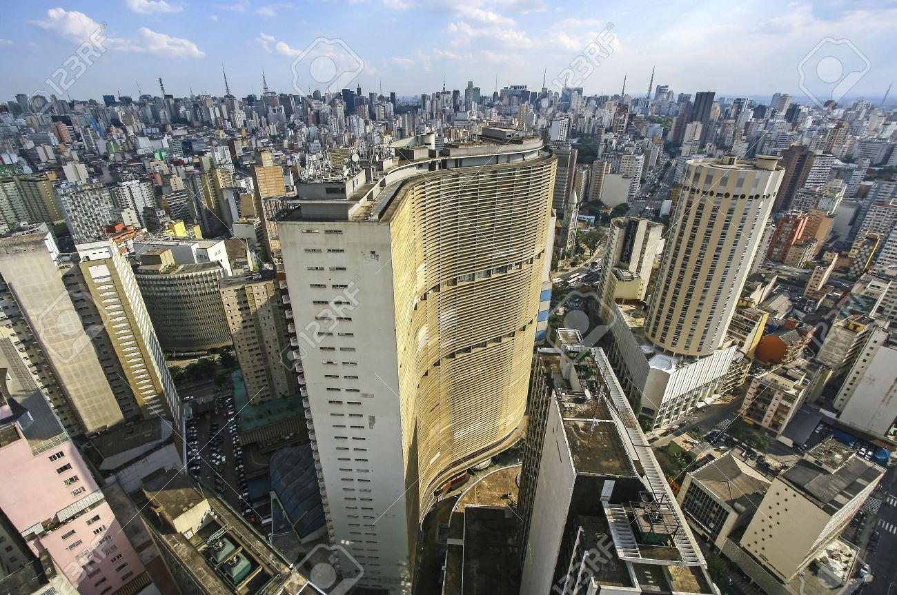 fb7e15556f Beroemde Uitzicht Op De Skyline Van Sao Paulo En De Binnenstad ...