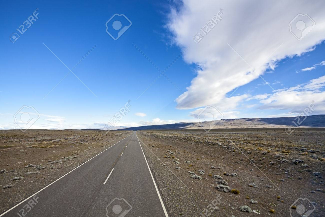 Endless empty country highway, Ruta 40  National Route 40 or RN40  in Argentina, South America Stock Photo - 27200245