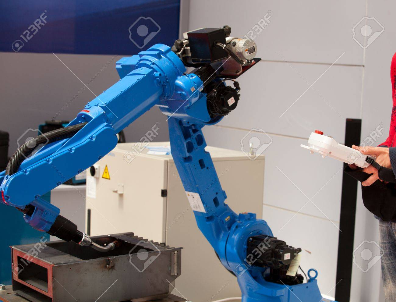 industrial robot arm Stock Photo - 18739789