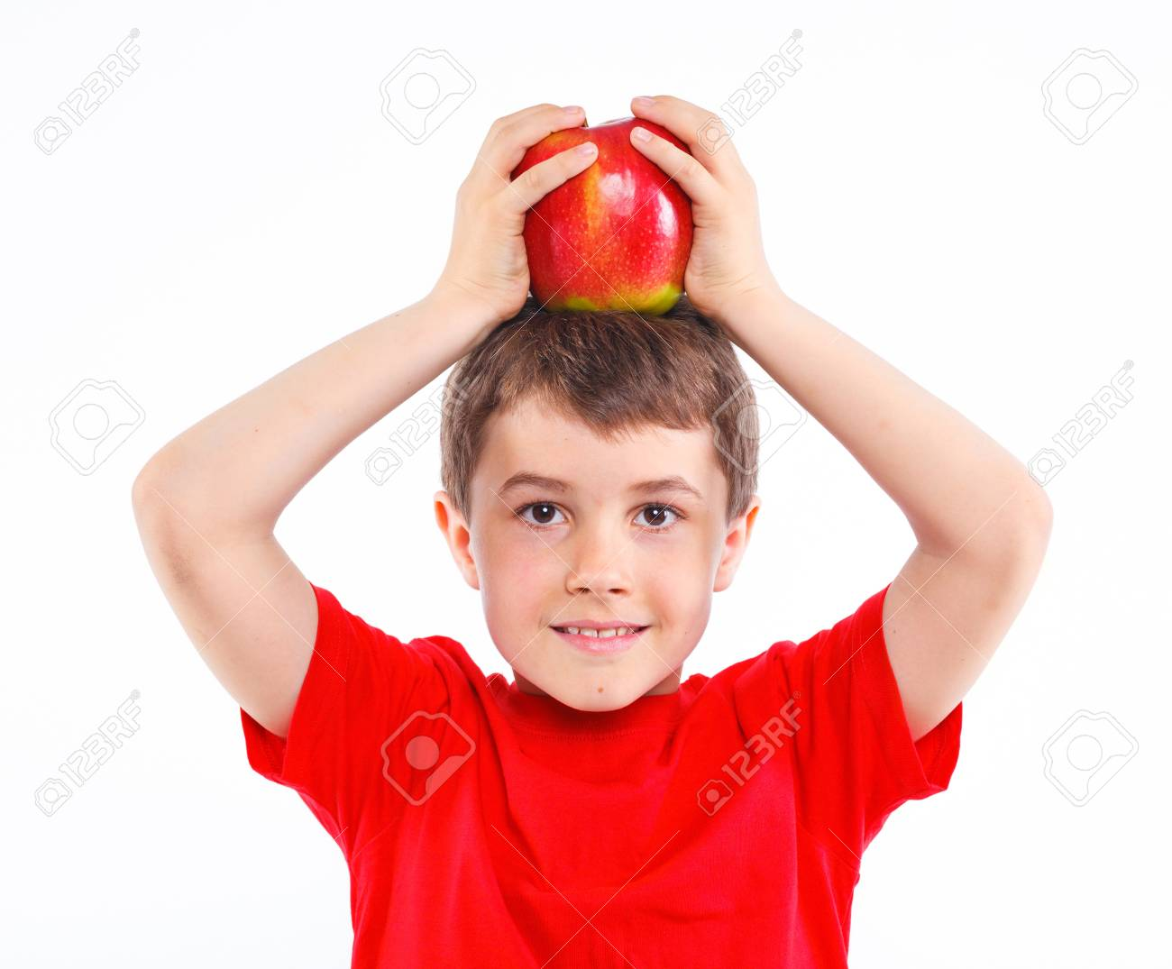 Little boy with apple Stock Photo - 13224938