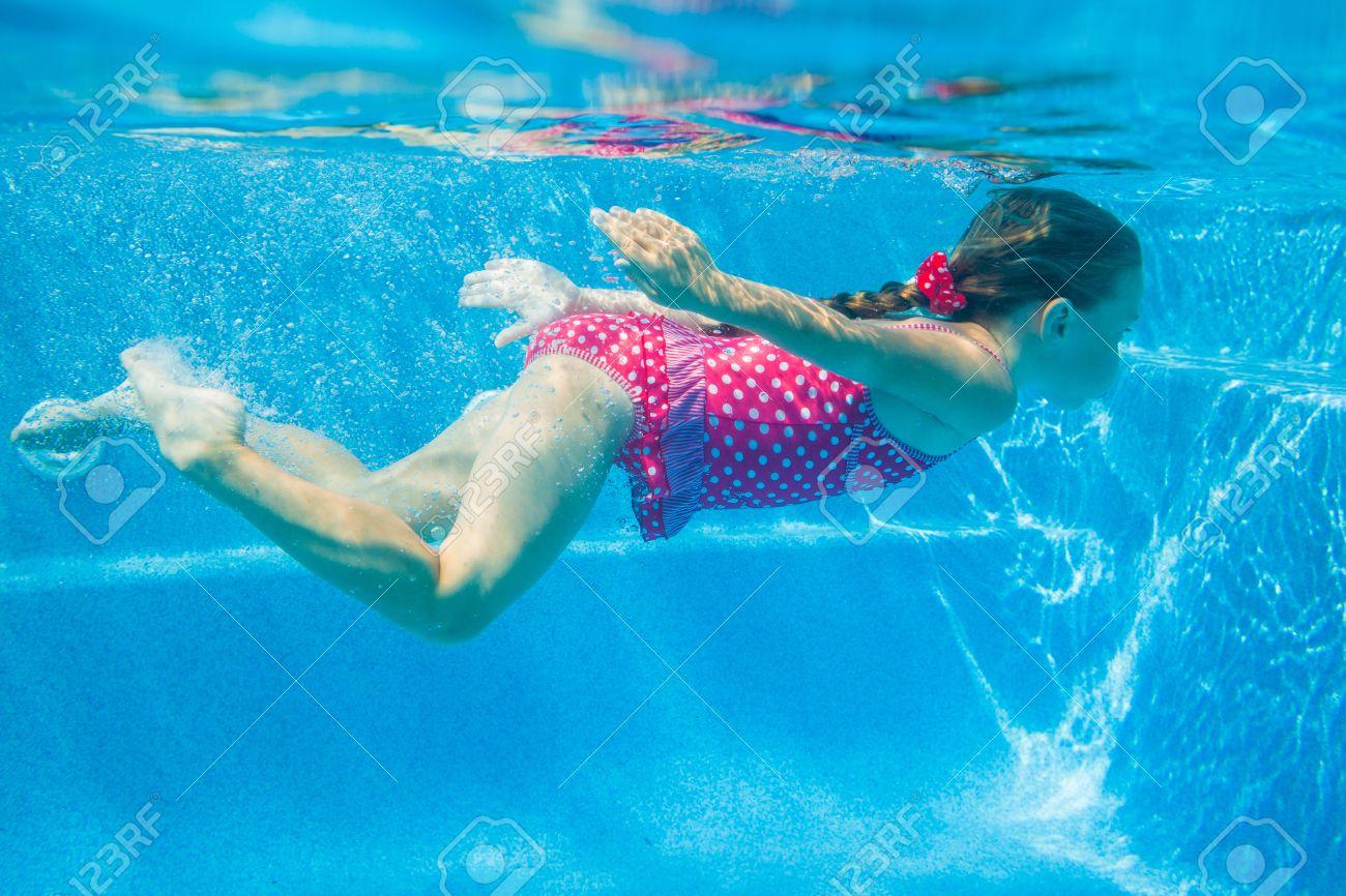 Girl swimming Nude Photos 73