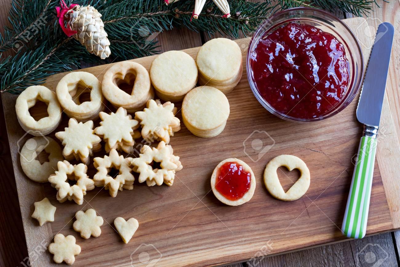 Linzer Weihnachtsplätzchen.Stock Photo