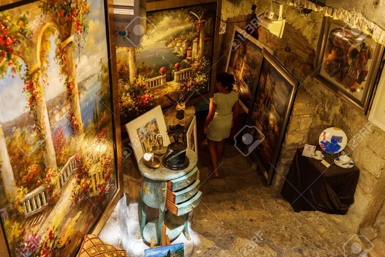 Saint Paul De Vence Art saint-paul-de-vence, france - august 04, 2016: art shop with..