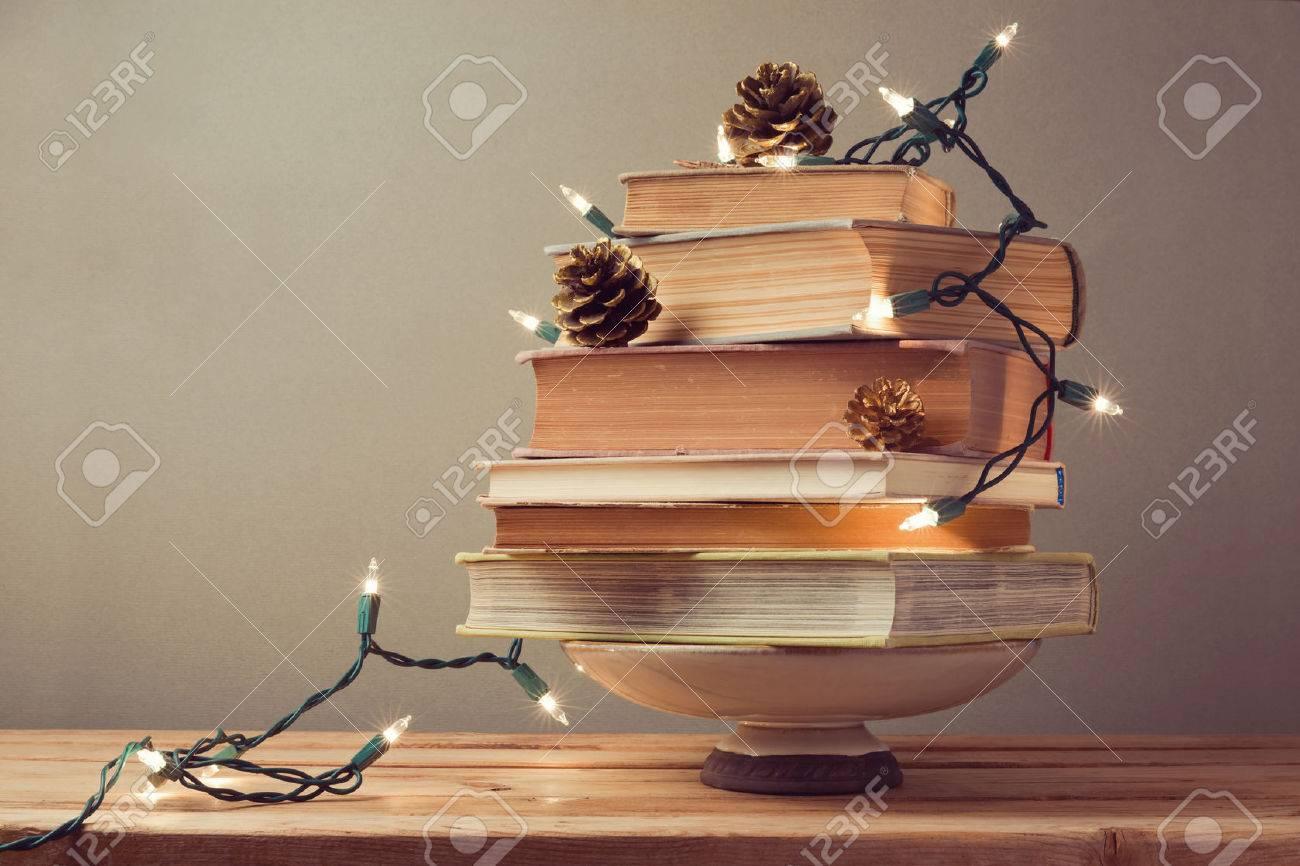 Alternative Weihnachtsbaum weihnachtsbaum bücher gemacht alternative weihnachtsbaum