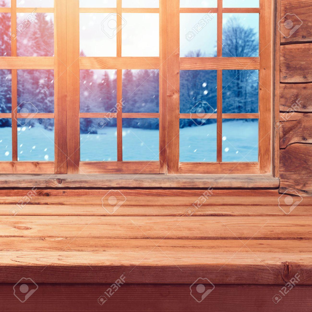 Weihnachten Hintergrund Mit Hölzernen Leere Tabelle über Fenster Und ...