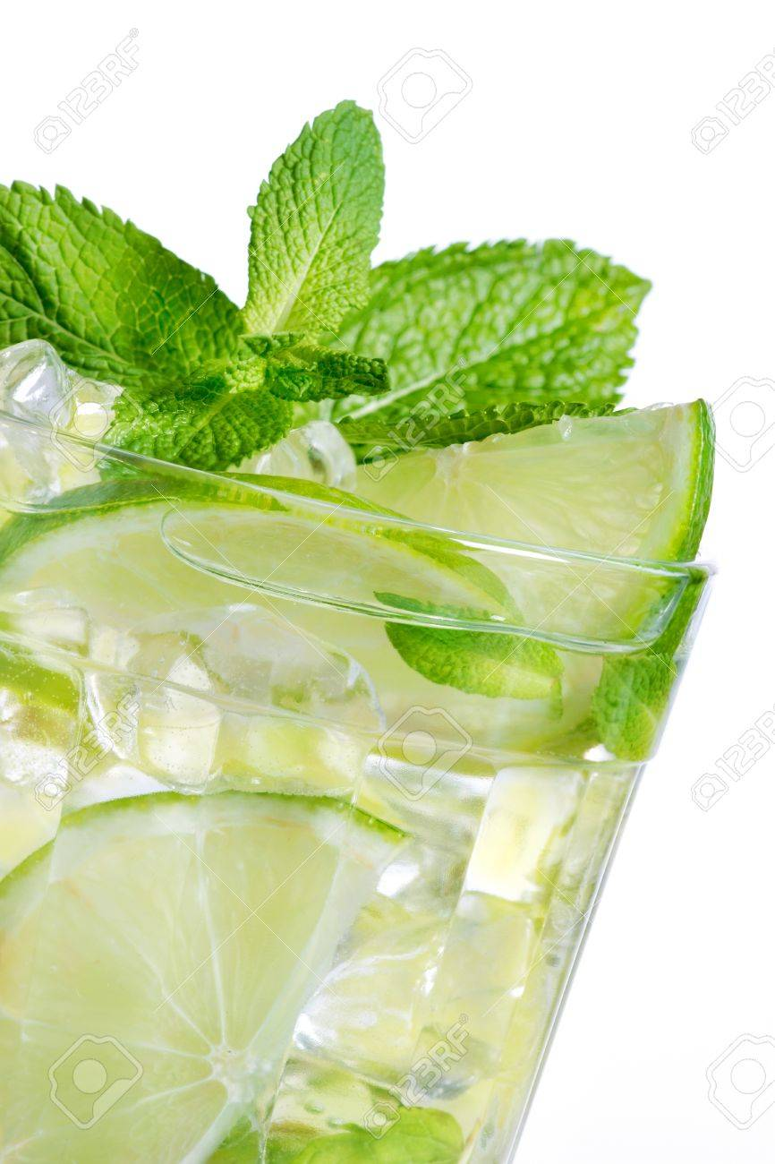 Mojito cocktail Stock Photo - 9749405