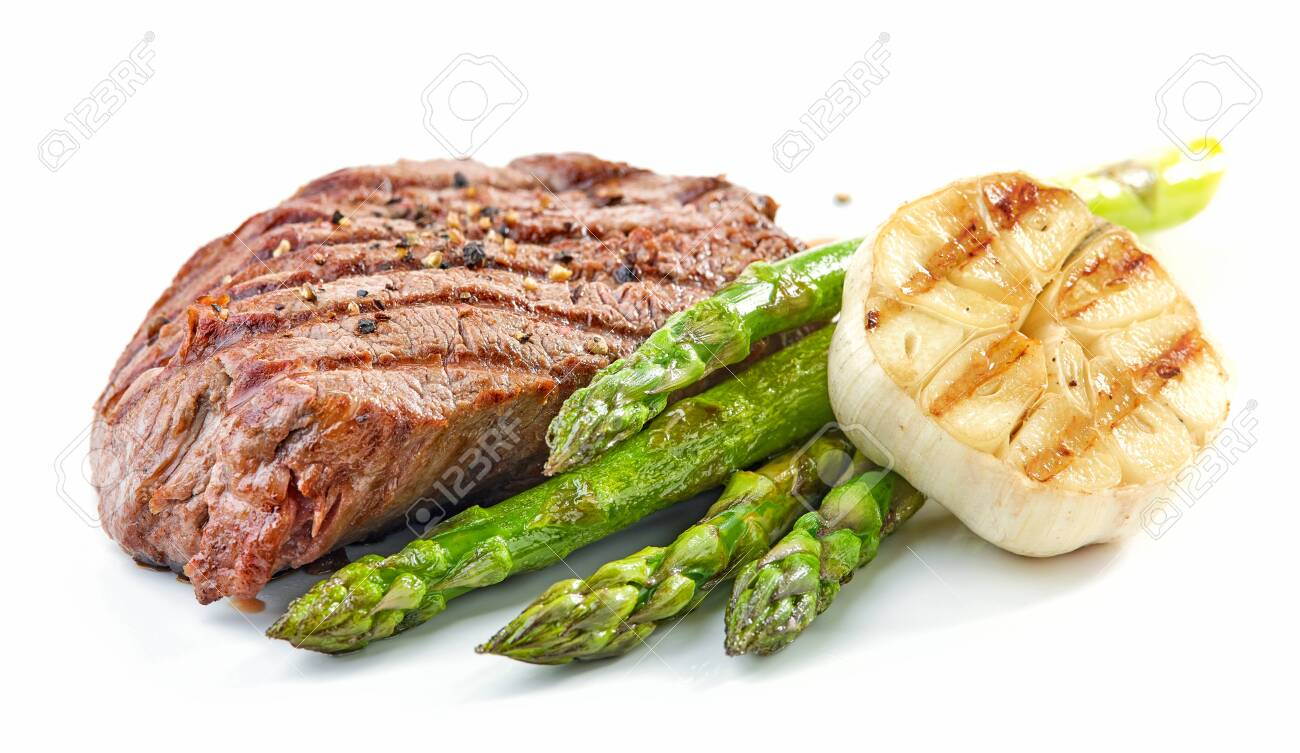 grilled beef fillet steak and vegetables isolated on white background - 121498147