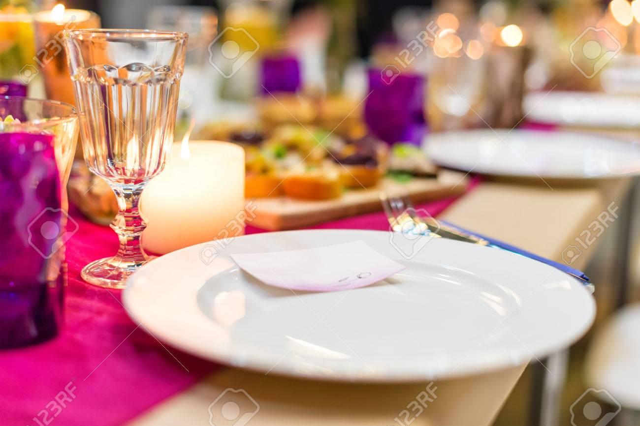 Vector Adornado Listo Para La Cena Vector Maravillosamente Decorado - Decorar-velas-con-servilletas