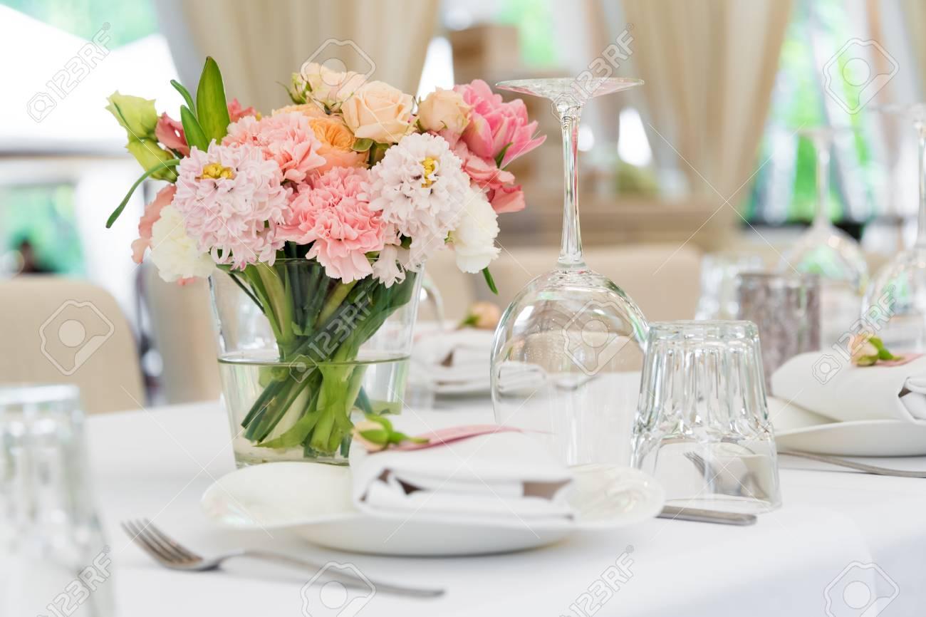 Blumentisch Dekorationen Für Feiertage Und Hochzeit Abendessen