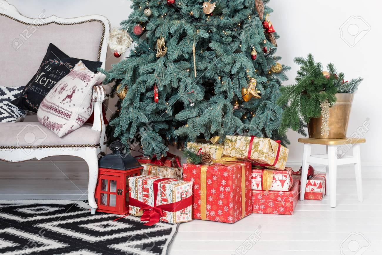 Schöner Weihnachtsinnenraum. Neujahr Dekoration. Komfort Nach Hause ...