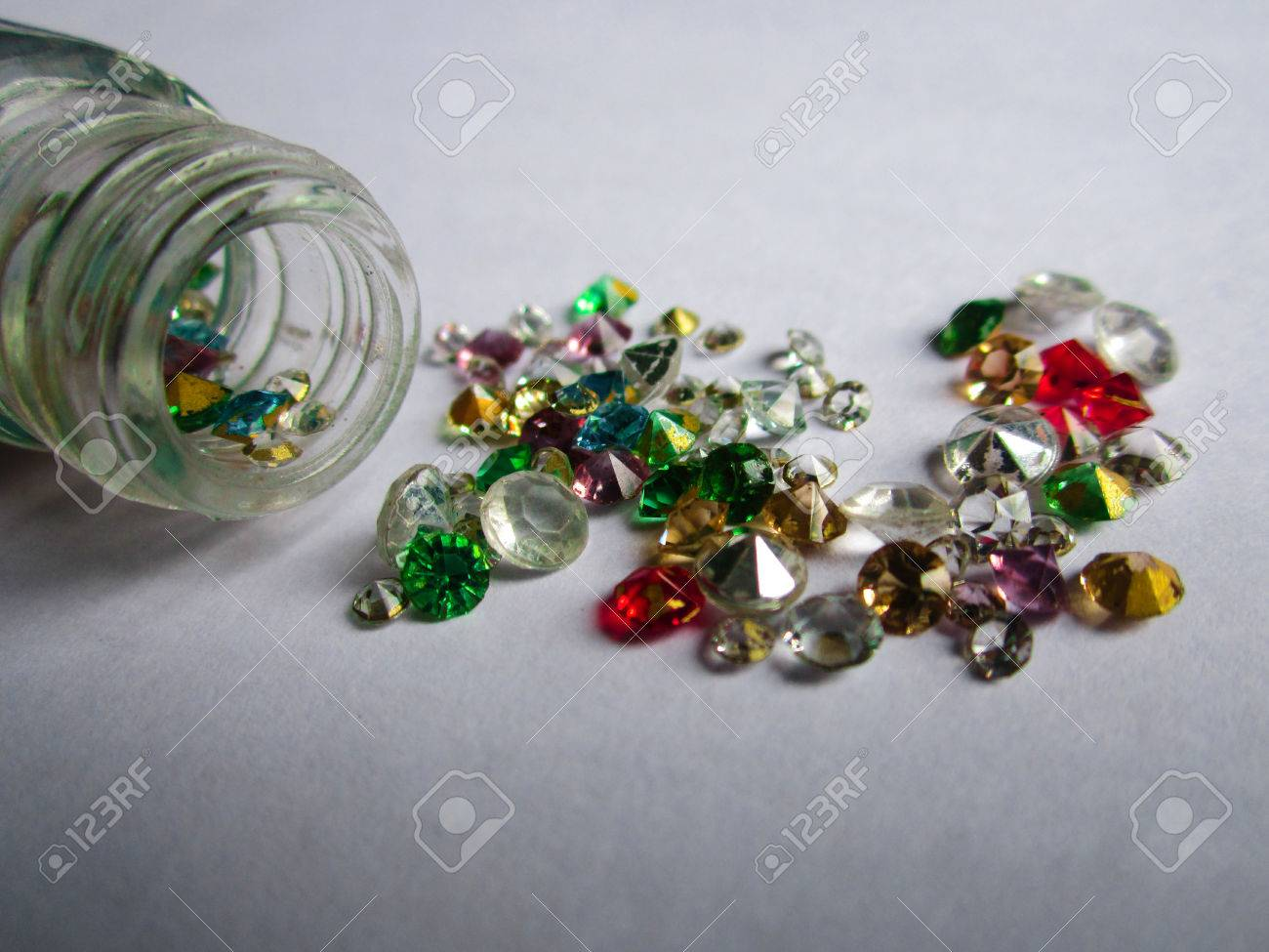 super populaire 09b8d 1b67e Pierres précieuses colorées de bijoux de Hd, pierre de bijoux, pierres de  naissance - vert, rouge, blanc, or, bleu