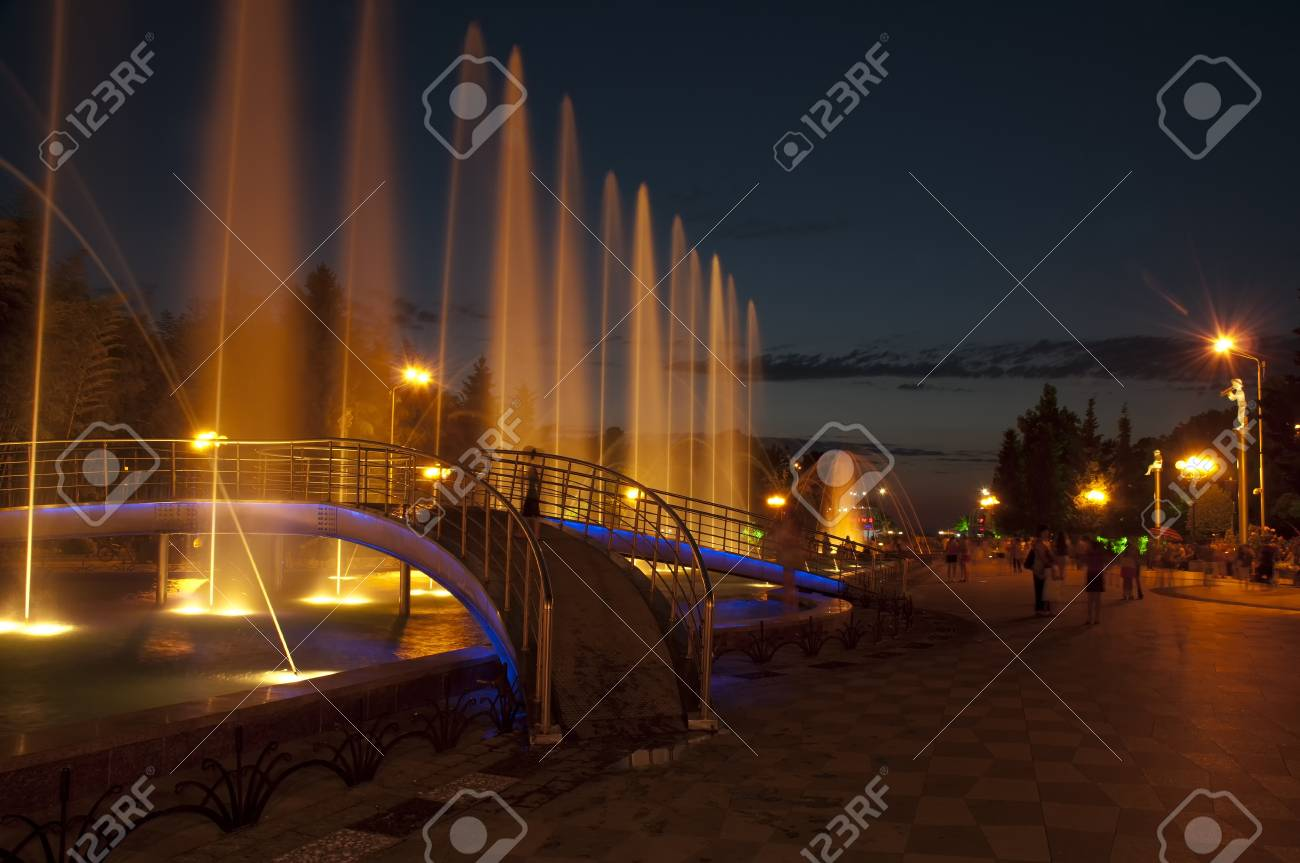 Dancing Fountains at recently renovated Batumi Boulevard, Gerogia Stock Photo - 14514901