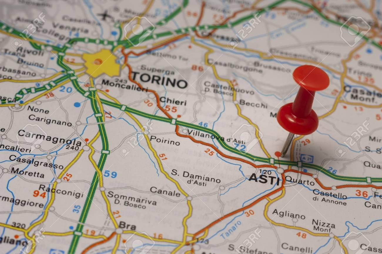 Cartina Italiana Stradale.Immagini Stock Mappa Stradale Della Citta Di Asti Italia Image 85802543