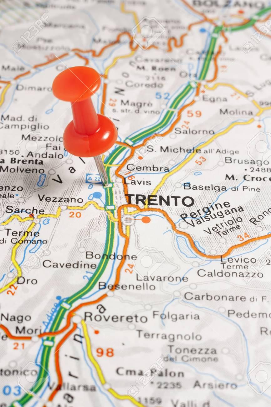 Cartina Stradale Trentino.Immagini Stock Mappa Stradale Della Citta Di Trento Italia Image 85635879